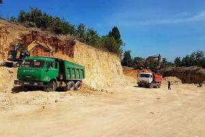 Gia Lai: Khai thác đất trái phép để làm đường giao thông