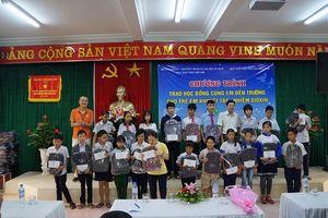 Thừa Thiên Huế: Trao 100 suất học bổng cho học sinh khuyết tật