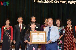 Tuyên dương các nhà giáo tiêu biểu trong sự nghiệp giáo dục của TP HCM