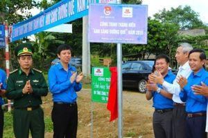 Quảng Trị: Bàn giao hơn 2km công trình 'Ánh sáng đường quê'