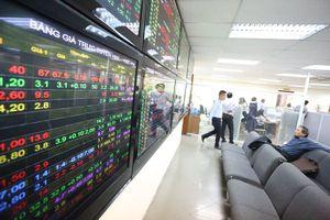 Khối ngoại bán ròng hơn 120 tỷ đồng chứng khoán trong phiên cuối tuần 16/11