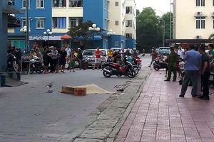 Dân chung cư phát hoảng vì người đàn ông rơi xuống từ tầng cao