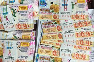 Một cán bộ ở Tây Ninh trúng thưởng 80 tờ vé số kiến thiết
