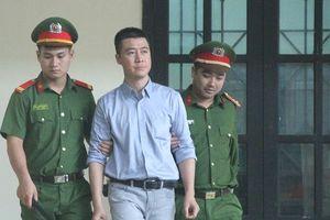 'Ông trùm' đường dây đánh bạc nghìn tỷ Phan Sào Nam khai gì tại tòa?
