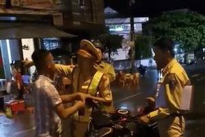 Vụ tranh cãi với CSGT ở Quy Nhơn: Người quay clip chỉ bị nhắc nhở, không xử phạt