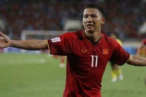 Sút trượt thành kiến tạo, Anh Đức được ví với... Ronaldo