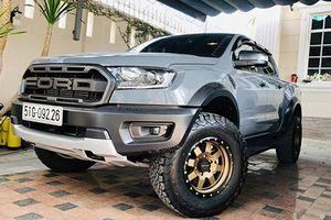 Bán tải Ford Ranger Raptor đầu tiên 'dao kéo' tại Sài Gòn