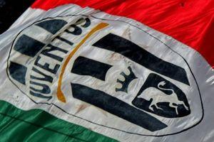 Juventus gặp rắc rối vì lời chia buồn nhầm về CĐV Trung Quốc tự tử