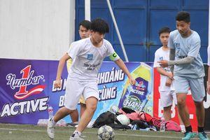 Vòng 1/16 giải bóng đá học sinh tranh Cup Number 1 Active: Nhiều trận cầu bước vào loạt sút luân lưu