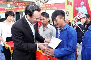 Bí thư T.Ư Đảng Nguyễn Văn Nên dự Ngày hội Đại đoàn kết tại Lào Cai