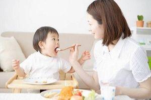 Trẻ dưới 1 tuổi mẹ tuyệt đối không cho ăn 5 thực phẩm này kẻo hại con nhập viện