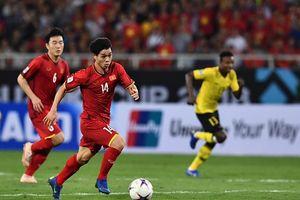 Xếp hạng 'danh thủ' và 'sáng' nhất MXH khi ghi bàn trước Malaysia nhưng có ai biết, Công Phượng vẫn đang là sinh viên?