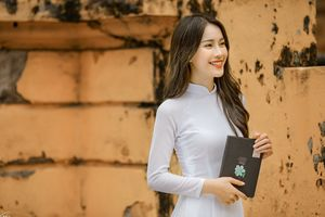 Trọn bộ ảnh Á khôi Sinh viên Việt Nam 2016 đẹp mê mẩn khi diện áo dài trắng chia tay giảng đường Đại học