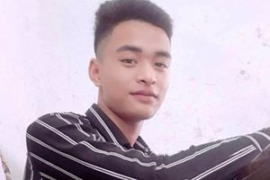 Nam thanh niên ném mũ bảo hiểm vào xe máy 'kẹp 3' khiến 2 người tử vong
