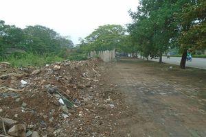 Hà Nội: Rác, phế thải trên đường Văn Tiến Dũng đã được xử lý