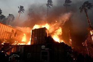 California: Cháy rừng khiến hơn 70 người thiệt mạng, 1010 người mất tích