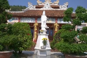 Thực hư bức tượng phật bảo hộ làng chài 'báo oán' kẻ khiêng trộm