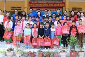 Cụm đoàn Nam Đuống tình nguyện mùa đông tại Lào Cai