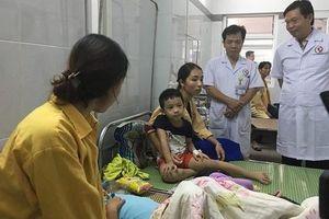 Gần 200 trẻ mầm non ở Hà Nội bị ngộ độc thực phẩm