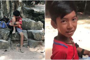 Cậu bé bán hàng rong 9 tuổi biết nói 12 thứ tiếng gây bão mạng thế giới