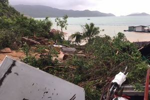 Mưa lớn gây sạt lở nghiêm trọng ở TP Nha Trang: Đã có 10 người chết, nhiều người bị thương, mất tích