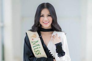 Hoa hậu Phương Khánh mặc nữ tính đẹp nhất tuần