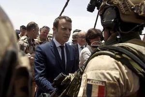 Nga tinh quái ủng hộ quân đội châu Âu
