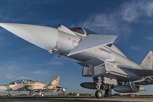 Tiêm kích Eurofighter vô dụng trước S-400?