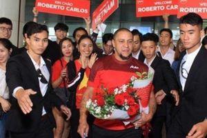 Roberto Carlos 'đặt cả người' nằm cửa Việt Nam vô địch AFF Cup