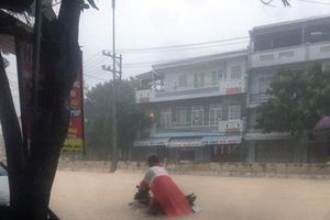 Mưa lớn gây ngập nhiều nơi ở thành phố Nha Trang