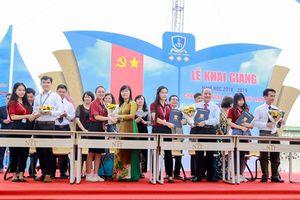 Trường ĐH Nguyễn Tất Thành ký kết đầu ra việc làm với tân sinh viên khóa 2018