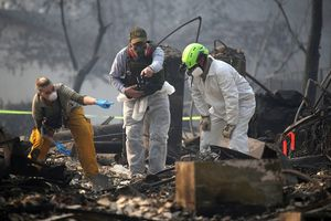 Thảm kịch cháy rừng ở California: Số nạn nhân mất tích tăng sốc tới 1276 người