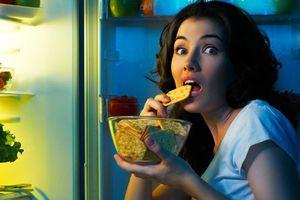 Ăn quá nhiều vào bữa tối muộn có nhiều nguy cơ mắc nhiều bệnh