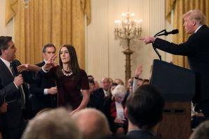 Thua kiện, Nhà Trắng phải trả lại thẻ tác nghiệp của nhà báo CNN