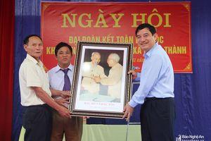 Bí thư Tỉnh ủy dự Ngày hội đại đoàn kết tại xã Nhân Thành, Yên Thành