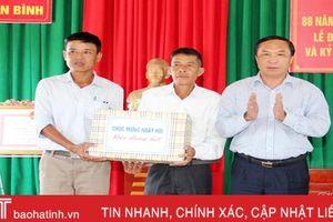 Phó Chủ tịch HĐND tỉnh dự ngày hội Đại đoàn kết tại Gia Hanh