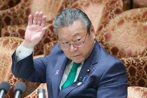 Bộ trưởng An ninh mạng Nhật Bản thừa nhận chưa từng dùng máy tính
