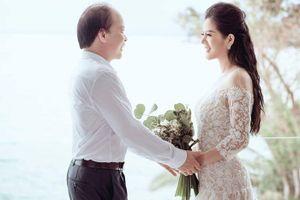 Nữ ca sĩ làm lễ cưới với Thứ trưởng Bộ Tài chính là ai?