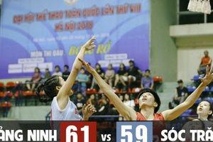 Quảng Ninh có chiến thắng đầu tiên, lội ngược dòng thành công trước Sóc Trăng