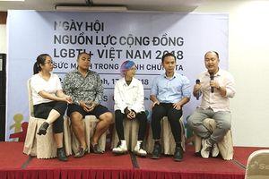 Lá cờ lục sắc tung bay tại Ngày hội Nguồn lực cộng đồng LGBTI+ Việt Nam