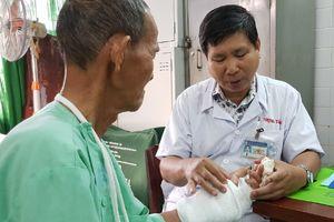 Lần đầu ở Việt Nam nối mạch máu không cần kim khâu