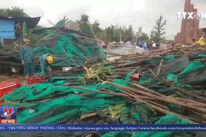 Lốc xoáy kinh hoàng tại Gành đá đĩa (Phú Yên)