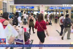 2.550 chuyến bay bị chậm, hủy chuyến trong tháng 10