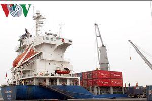 Kim ngạch xuất khẩu 2018 dự báo đạt 240 tỷ USD