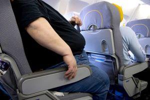Khách hàng béo phì khiến hãng hàng không bị kiện gần 300 triệu đồng