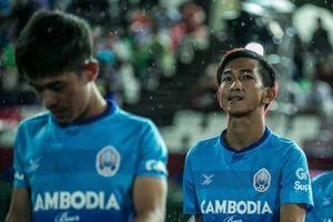 Cầu thủ gốc Việt quyết cùng Campuchia đánh bại thầy trò HLV Park