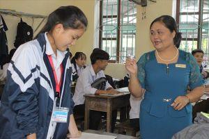 Chân dung cô giáo bộ môn Giáo dục công dân được học sinh lập hẳn fanpage