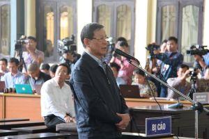 Xét xử đường dây đánh bạc nghìn tỉ: Ông Phan Văn Vĩnh bao che cho hoạt động đánh bạc thế nào?
