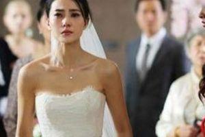 Phát hiện chú rể ngoại tình, cô dâu phẫn uất làm điều này trong ngày cưới