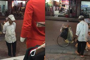 Người đàn ông nghèo đứng ngó nghiêng trước cửa tiệm quần áo vì lý do đặc biệt